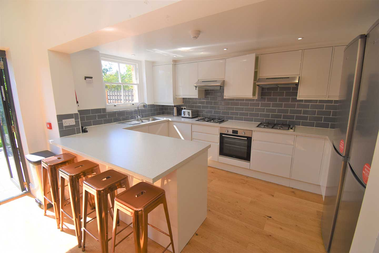 6 Bedroom Student Home – Donnington Road